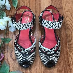 Poetic License Always There Mary Janes Wedge